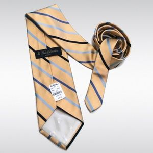 NWT Brooks Brothers Makers Yellow Striped Tie